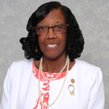 A profile image of Gloria W. Vest.
